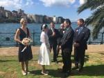 Simple_Ceremonise_Sydney_Harbour_Registry-Office_Krystal_1.jpg