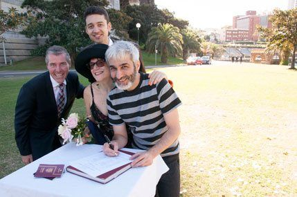 SimpleCeremonies_Bradfield-Park_Registry_office_wedding_ceremony_1