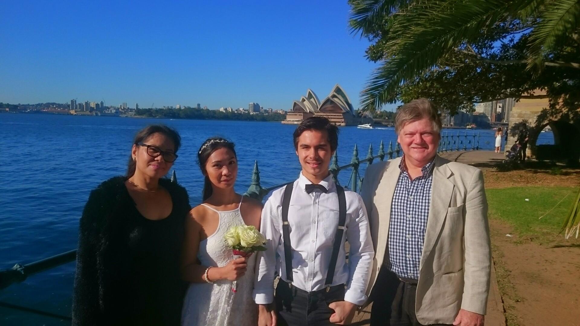 Simple-Ceremonies_Marriage Celebrant_Wedding-celebrant_Bradfield Park_North Sydney_NSW_Australia_SimpleCeremonies_RegistryOfficeMarriages_Jess_01