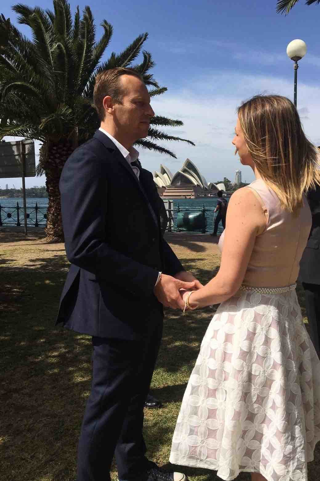 Simple-Ceremonies_Marriage Celebrant_Wedding-celebrant_Bradfield Park_North Sydney_NSW_Australia_weddingscheapSydneyHarbour2