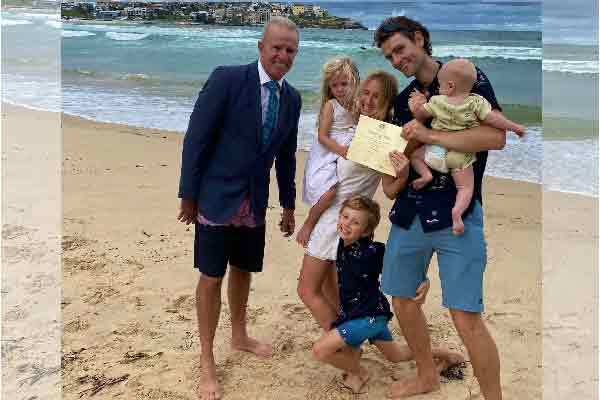 Marriage Celebrant on Bondi Beach_Simple ceremonies