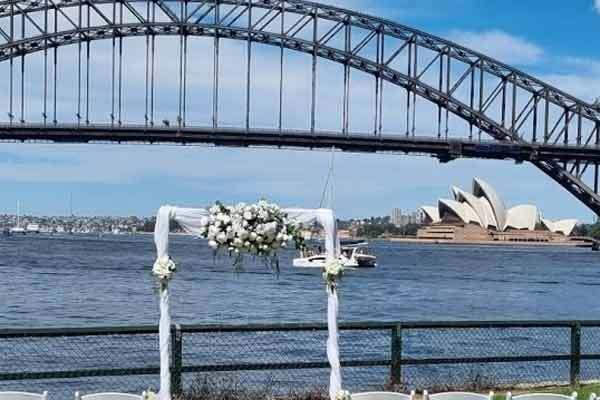 Marriage Celebrant at Blues Point Rserve, Sydney, Simple Ceremonies